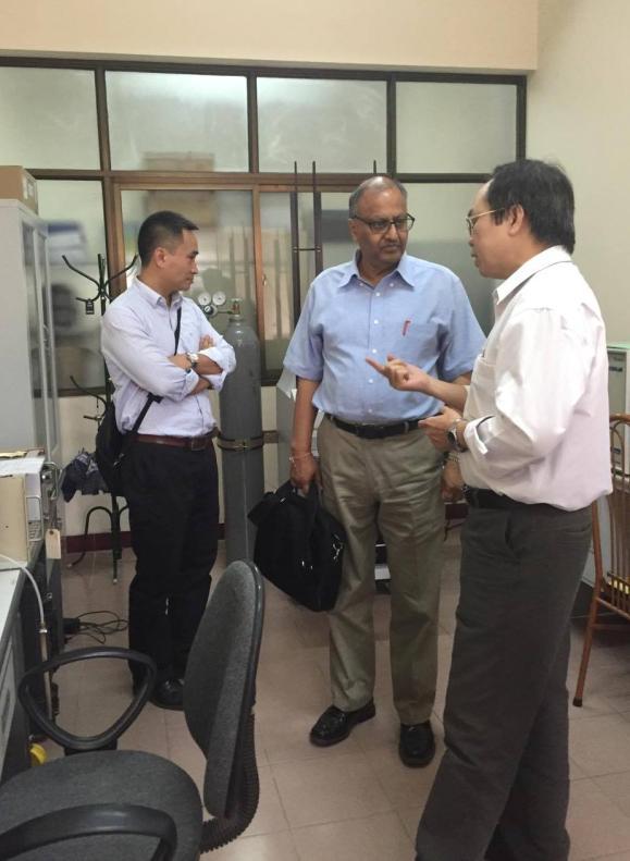 Chuyên gia IAEA thăm và làm việc tại Viện Khoa học và Kỹ thuật hạt nhân