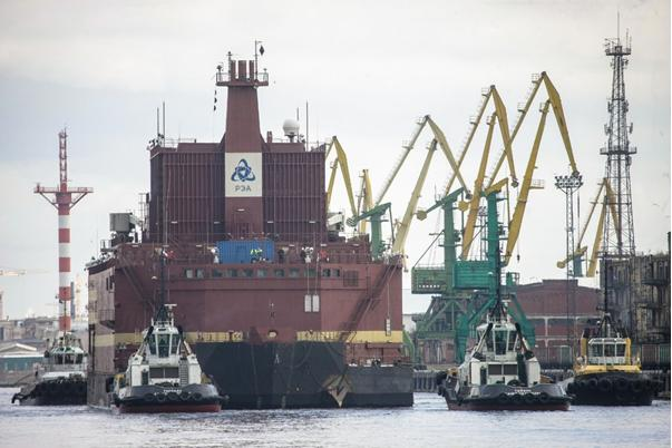 Nga hạ thủy nhà máy điện hạt nhân nổi Akademik Lomonosov