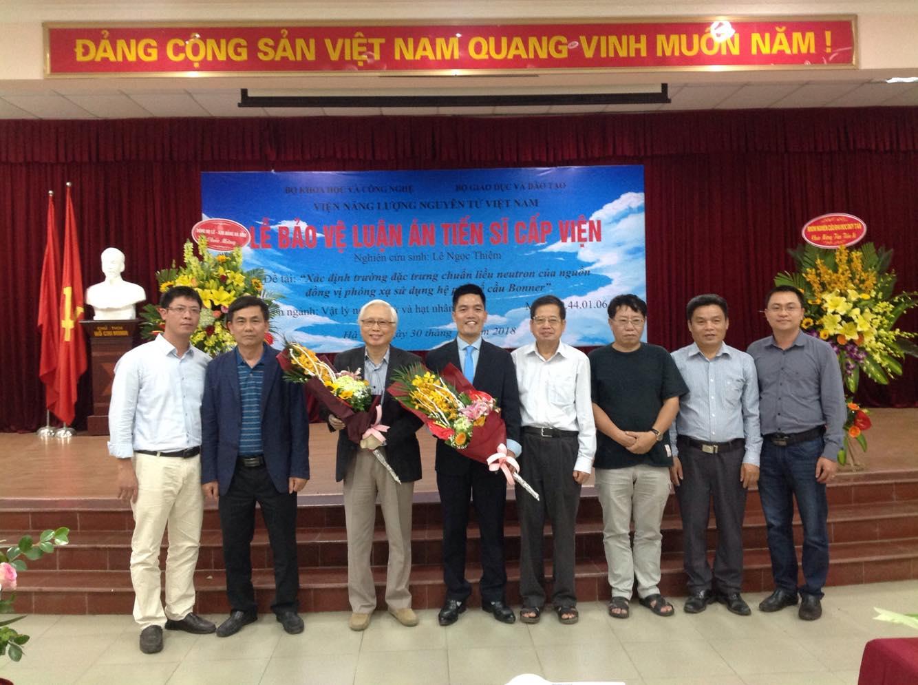 Nghiên cứu sinh Lê Ngọc Thiệm bảo về thành công luận án tiến sĩ